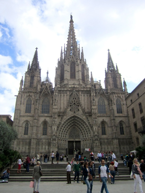 barcelona-spain-cathedral_copyright-laura-witherspoon_metroleta-2177L